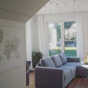 Kunstdruck-Pinnwand-auf-Echtholz-Keilrahmen-Weiß