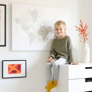 Skandinavische-Pinnwand-Weltkarte-Weiß-Farbe