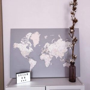 Kunstdruck-Pinnwand-grau-cremefarben