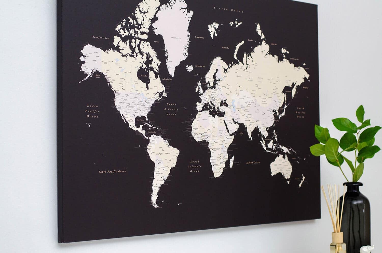 Pinnwand-WeltKarte-Dunkelbraun