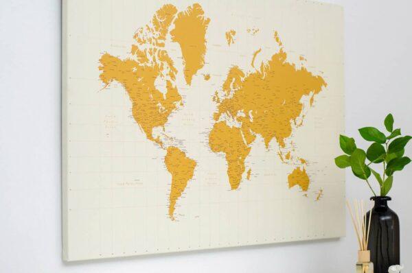 Pinnwand-Weltkarte-Gelb