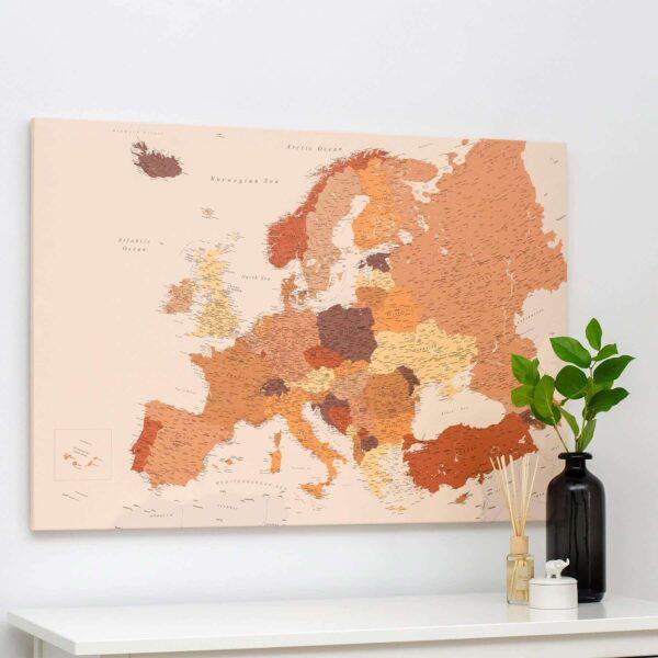 Europa-Pinnwand-Karte-Braun-Detailliert