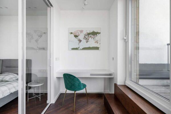 Grün-Welt-Karte-Pinnwand-Wand