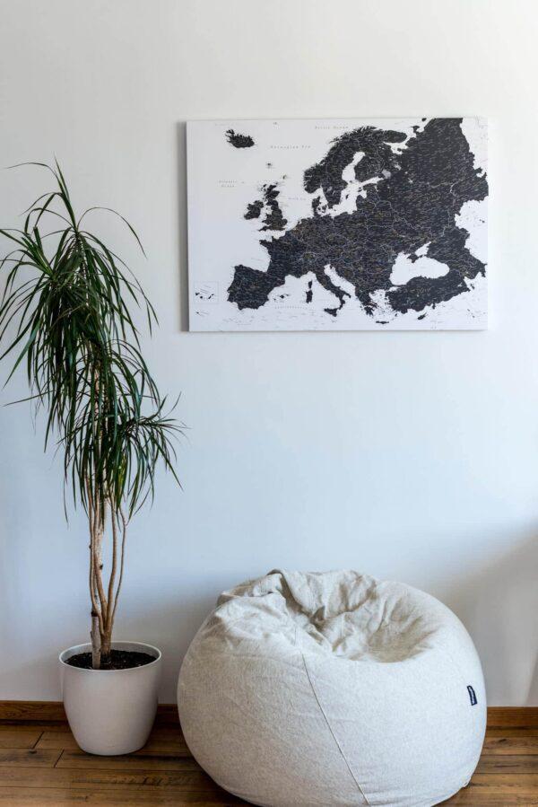 Schwarz-weiß-Europa-karten-Pinnwand-bild