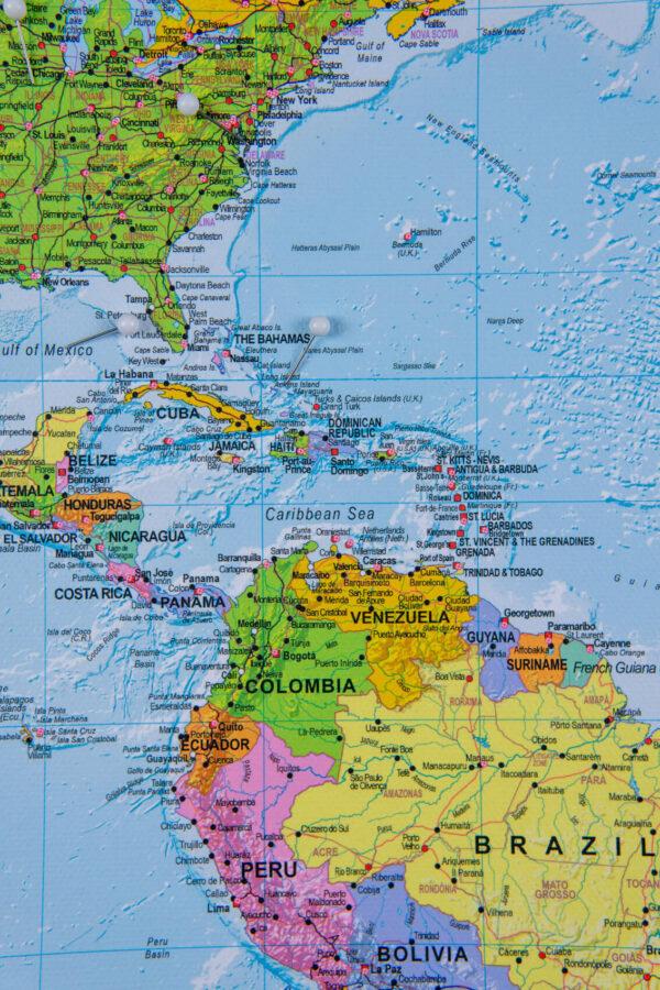 Welt Pinnwand Karte – Politisch (Detailliert)