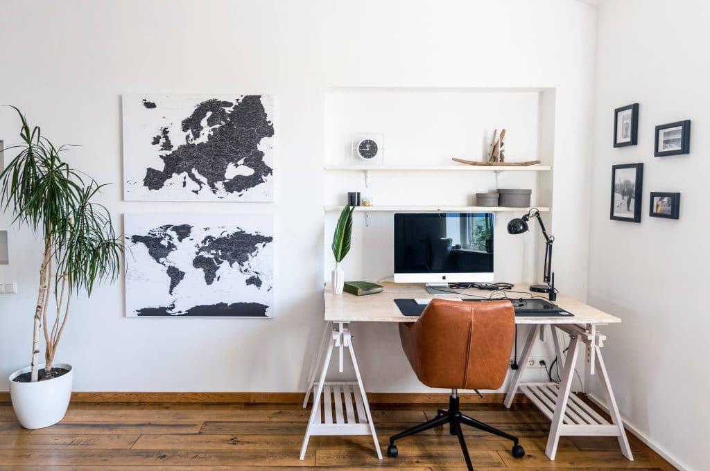 welt-europa-karten-Schwarz-weiß-Pinnwand