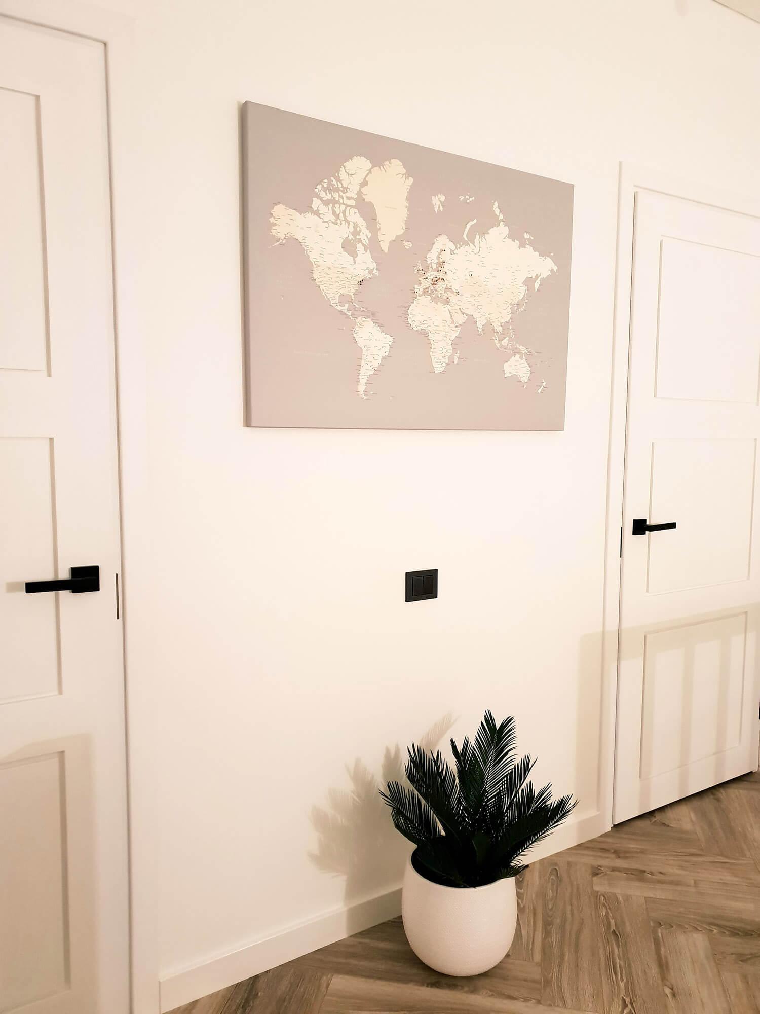 Grau Pinnwand-Weltkarte zum Aufhängen Tripmap