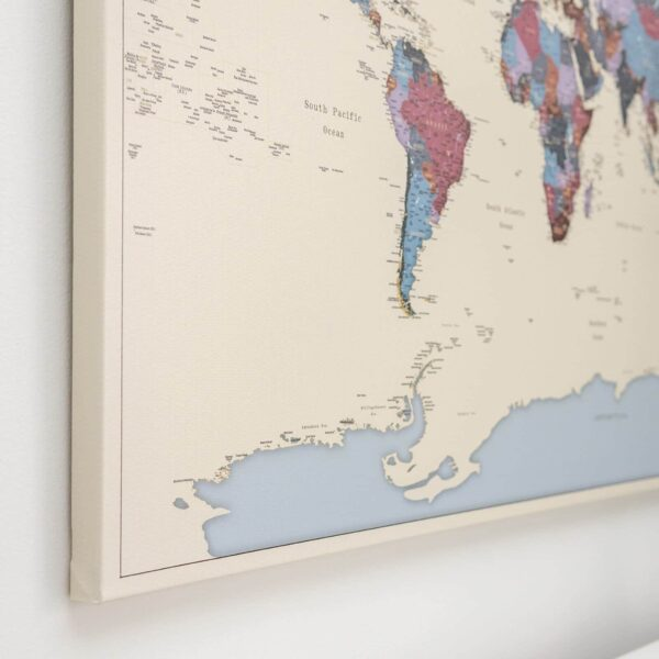 Pinnwand-Weltkarte-Weintraube-farbe-tripmap