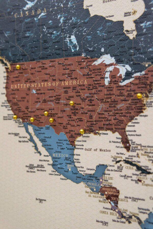 Pinnwand-Weltkarte-mit-pins-Weintraube-tripmap