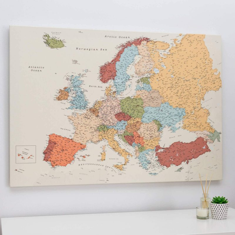 bunte europakarte pinnwand