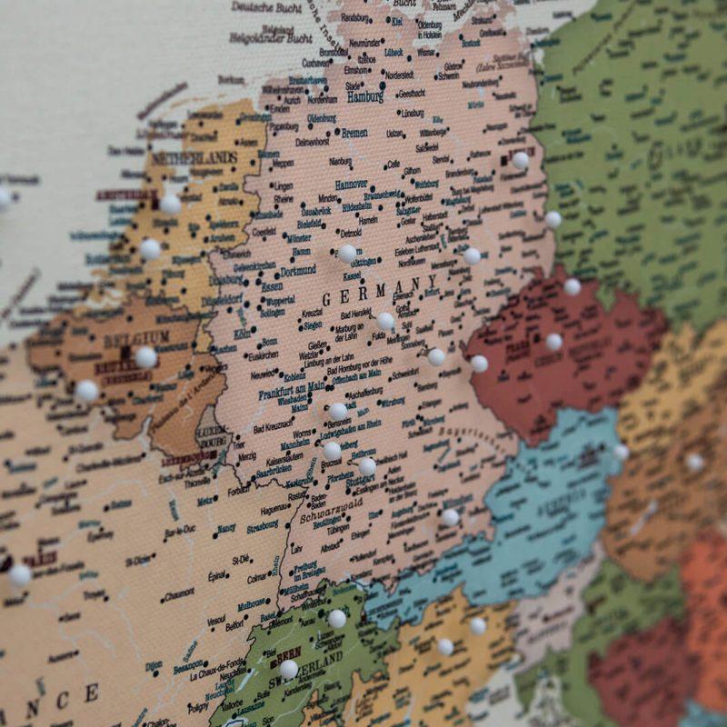 pinnwand europakarte bunte detailliert